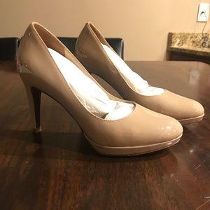 Cole Haan taupe patent heels